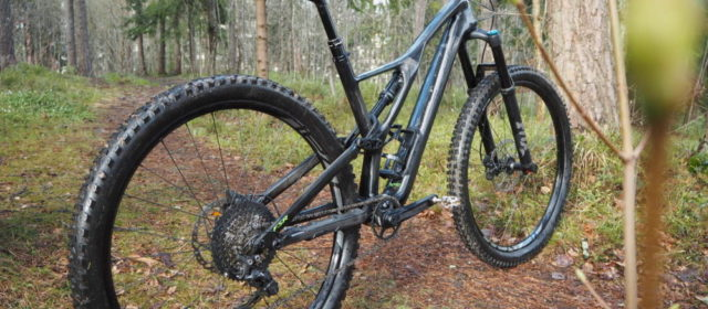 Legenden lever videre – Vi har testet 2019 Specialized Stumpjumper Comp Carbon