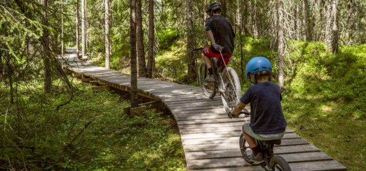 Denne dingsen skal gjøre livet lettere for små syklister (og foreldrene)